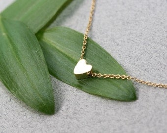 Heart Gold Necklace, Modern Necklace, Tiny gold delicate Necklace, dainty necklace, Jewelry Trend, Holidays Gifts, Fashion Jewelry, Trending