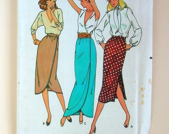 Straight or Wrap Skirt - Butterick 6788 - Vintage Sewing Pattern, Size 8