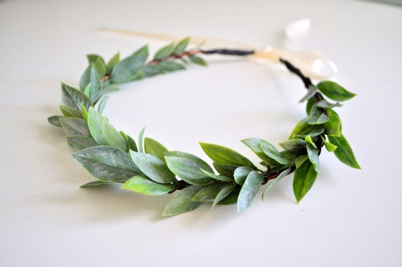 LAST ONE Natural Wedding Leaf Crown, Flower Hair Crown, Greek Goddess Headdress Baby Shower Crown