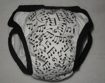 Training pants with music notes
