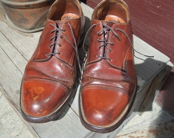 SALE - Vintage Heavy Leather Men's Lace Up Oxford Shoes from Rustysecrets