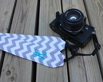 Monogramming Included Camera Strap for DSL Camera Grey and White Chrevon