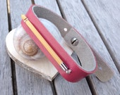 Leather bracelet with crochet hook - pink - free shipping