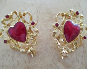 VINTAGE COSTUME JEWELRY  /  heart earrings   /  don't forget feb. 14  / was 8.99 now 5.99