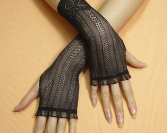 Black gothic Gloves, Fingerless Gloves, Retro Steampunk Mittens, Baroque Lace, Cute Arm warmers in Gypsy and Boho Style,