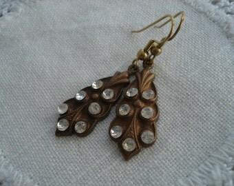 Vintage 1940's Art Deco Rhinestone Gold Earrings
