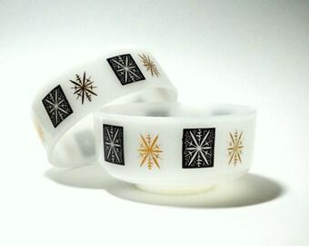 Federal Glass Atomic Starburst Snowflake Ice Cream or Fruit Bowls Set of Two