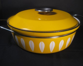 Retro Vintage CathrineHolm of Norway Sunny Yellow Enamel Dutch Oven Pot Large Saucepan Casserole, l with lid, TheRetroLife