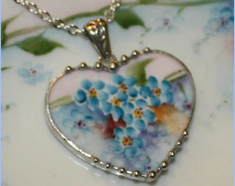 Handpainted Bavarian Forget-me-nots or Lilacs Large Heart Broken China Jewelry Pendant Necklace