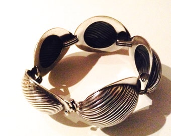 Vintage 1960 five link bracelet by Napier.  Sculptural, Silver metal, Large Bold Piece.
