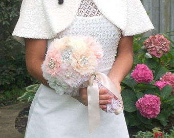 Brooch Bouquet, Rose, Blush, Coral, Ivory, Cream, Champagne, Vintage Wedding, Elegant, Wedding Bouquet, Jeweled, Pearls, Lace Bouquet