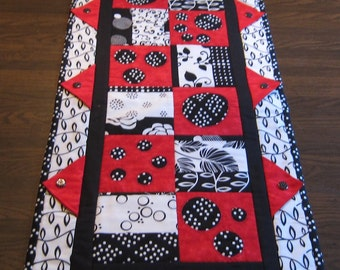 Red, Black & White Modern Geometric Table Runner with Polka Dot Buttons