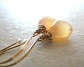 Moonstone Earrings, Peach Moonstone Earrings, Gold Earrings, Peach Moonstone AAA Gemstone - Peach Cream
