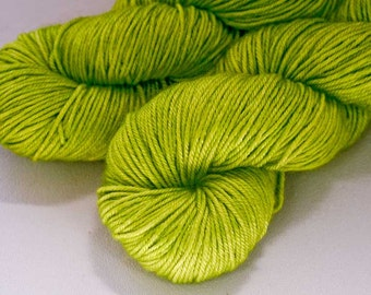 Margaery - Lotus DK BFL silk hand dyed yarn - 100g