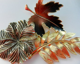 Beautiful trio of leaves brooches-Brooches collectible - Elegant collection of brooches leaves - 3 pcs--art.165/3-
