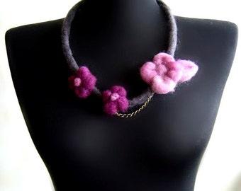 statement necklace, felt purple flowers necklace, bib necklace, eco friendly, spring fashion