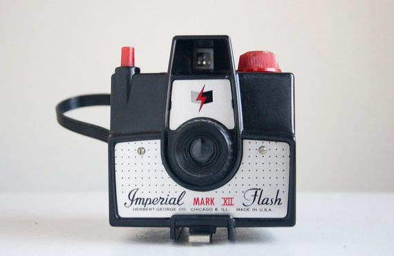 Working Camera, Imperial Flash Mark XII with Flash