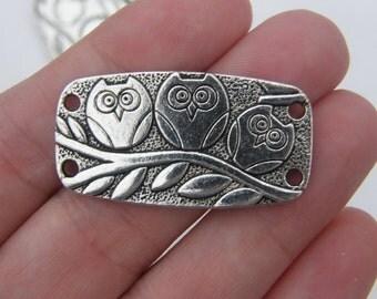 4 Owl connector charms antique silver tone O31