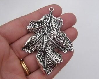 BULK 10 Leaf pendants antique silver tone L22