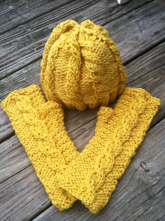 Summer dandelions cabled hat and fingerless gloves