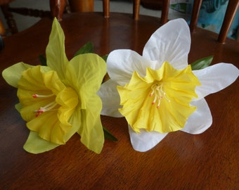 SALE Flower Pen Set Two Daffodils Narcissus Guest Book Pens Bridal Shower Wedding Reception Ready to Ship
