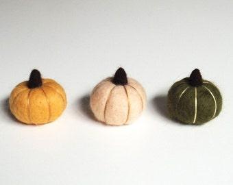Thanksgiving decor, miniature felt pumpkins, needle felted pumpkin set -  persimmon orange, peach, dark forest green Rustic decor