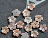 10pcs Pink Mother of Pearl Flowers 13mm  -(V1165)