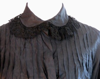Victorian dress, antique, 1800's, mourning robe, at-home gown, tea gown, gossamer silk and fine lace, mystery and sadness
