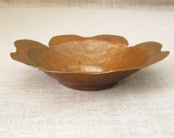Copper Bowl , Arts and Crafts , Antique , Art and Crafts , Hand Hammered , Copper Dish , Handmade , Copper , Hand Forged , Metal