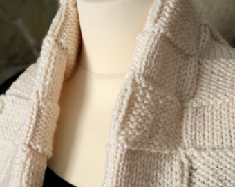 Knitted scarf in cream. Handmade by T. Catana. Ready to Ship!
