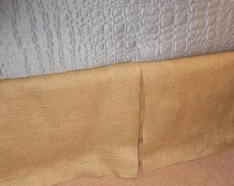 Tailored Dust Ruffle in Burlarp
