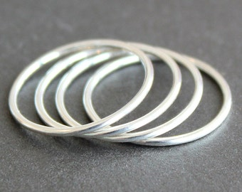 Argentium Sterling Silver 1mm Skinny Band (1 Ring) - Smooth, Faceted or Hammered - 18 Gauge