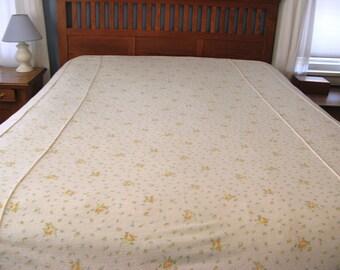 Vintage Bedspread Floral, Rose Print