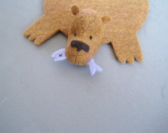 Bear Coaster with Fish by Dandyrions / Home Decor / Cup Coaster Felt