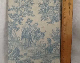 Baby blue toile print Paperback padded Cover
