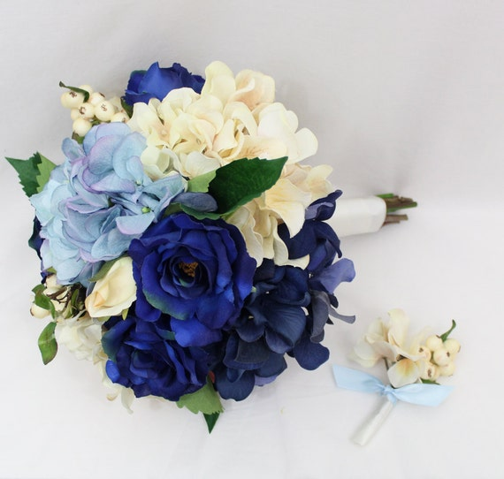 bouquet de mari e hortensia bleu ivoire bouquet de la. Black Bedroom Furniture Sets. Home Design Ideas