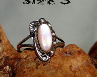 Vintage NAVAJO Ring PINK PEARL Size 3 Handmade