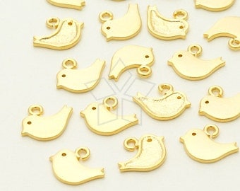 PD-065-MG / 4 Pcs - Tiny Sparrow Charm, Matte Gold Plated over Brass / 8mm x 6mm