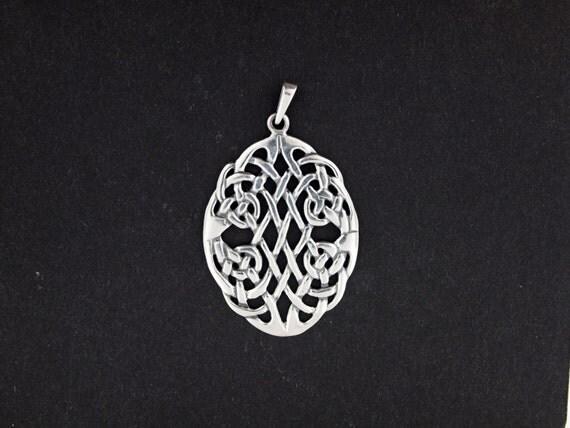 Sterling Silver Oval Celtic Knotwork Pendant
