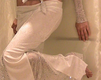 ATS and Cabaret Belly dance Trumpet skirt set in white velvet and Silver dot metallic SM-MED