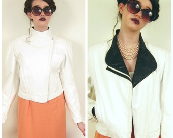 Vintage 1980s White and Black Leather Jacket / 80s Cropped Fitted Jacket / Medium