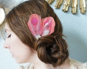 LESLYNN -- Salmon Pink Peacock Feather & Rhinestone Wedding Bridal Bridesmaid Prom Hair Clip Headpiece w/ Silver Gray Accents