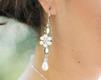 Pearl bridal Earrings Chandelier Bridal Earrings earrings Pearl Rhinestone Earrings Ivory Swarovski Pearls crystal Bridal Earrings DELMY