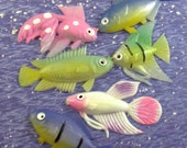 Plastic Fish Findings Two Dimensional Tropical Fish Figures - epsteam vestiesteam thebestvintage