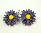 Daisy purple earrings - summer fashion