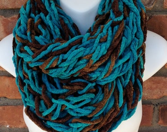Chunky Arm Knit Chenille Infinity Scarf Cowl