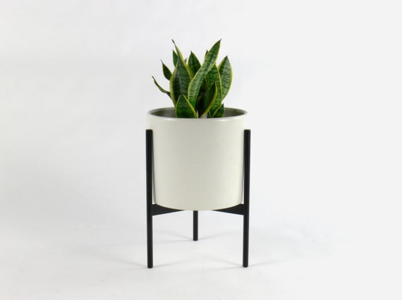 Mid Century Modern Haipin Tri Leg Planter