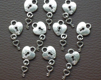 SALE, HEART Padlock and Key Charms x 10, antique silver tone, charm, UK seller, reduced, was 1.50, now 1 pound while stocks last