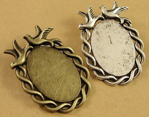 40 Pendant trays- Bird Rope-Edged 18x25mm Oval Bezel Cup Cabochon Mountings with Loop, 2 colors available- Antique silver, Antique bronze