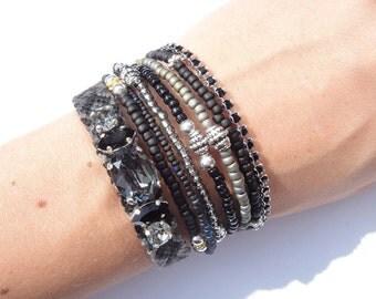 Black & grey multi row beabed bracelet - multiple strands layering bracelet - stacking bracelet - black bracelet - hippie bracelet